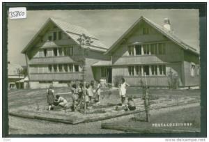 Carte postale du village d'enfants Pestalozzi à Trögen, date inconnue